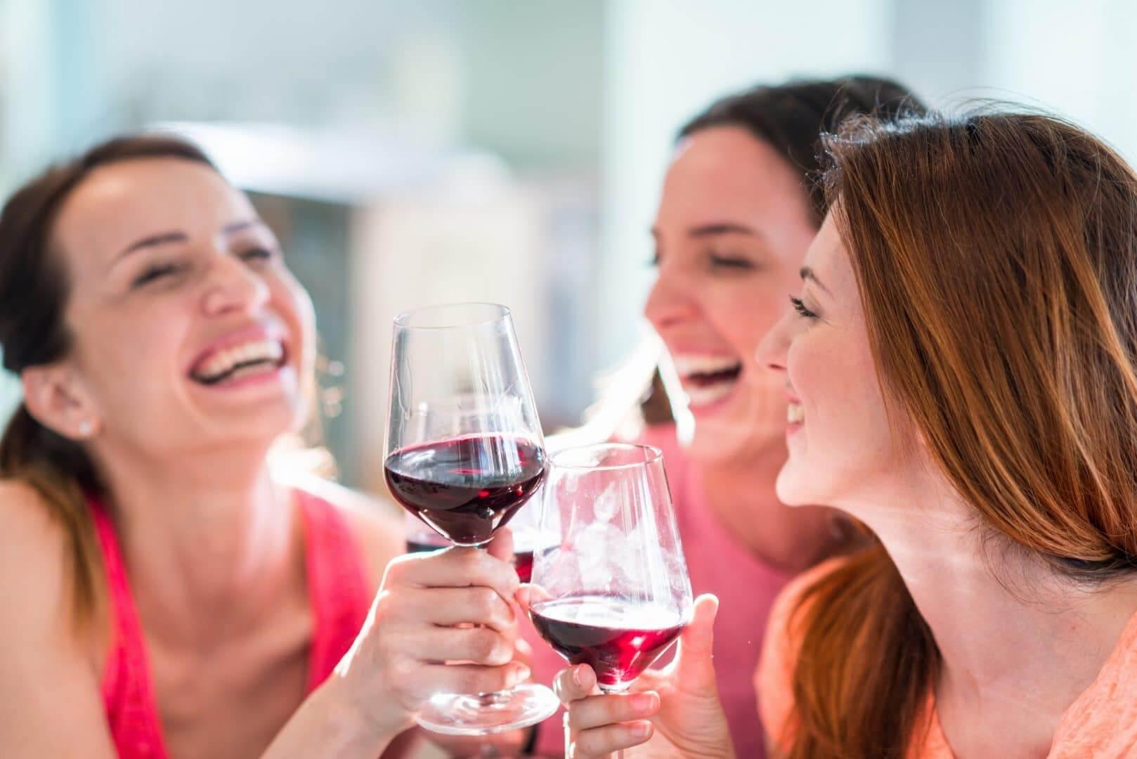 Alkohol - Hvad gør alkohol ved huden og kroppen?