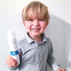 skånsom rens dreng vask børn